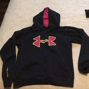Under Armour softy hoodie authentic